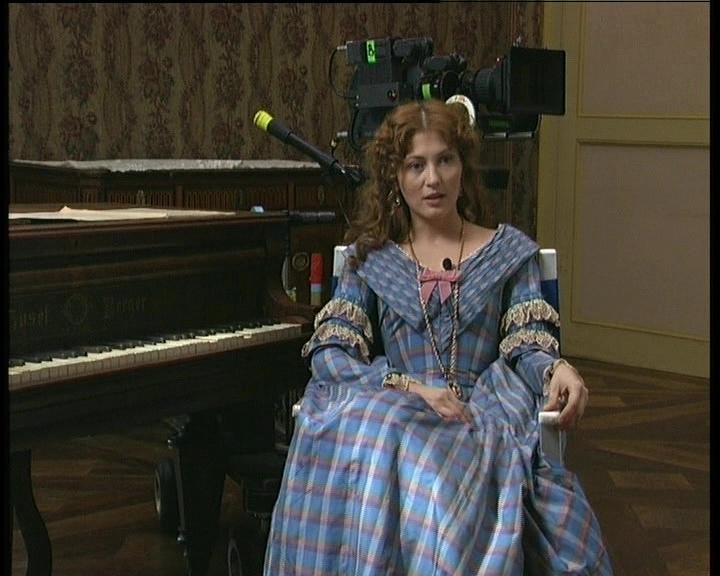 """Chiara Conti come Amalia (da """"Le Cinque giornate di Carlo Lizzani"""" di Rossano Vittori)"""